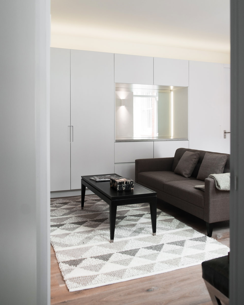 Sloane Street Apartments: ÜberRaum Architects