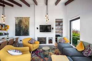 Casa Lucia Living